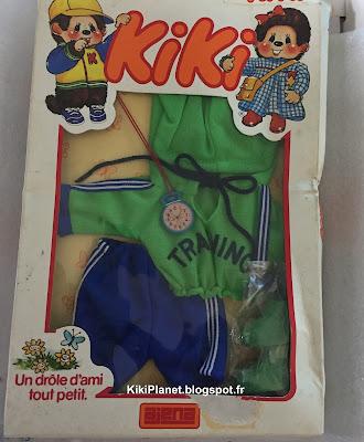 tenue de jogging vintage pour Kiki - neuf et dans sa boite d'origine- monchhichi habits vêtements