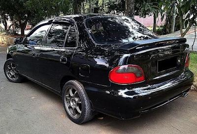 Eksterior Belakang Hyundai Accent