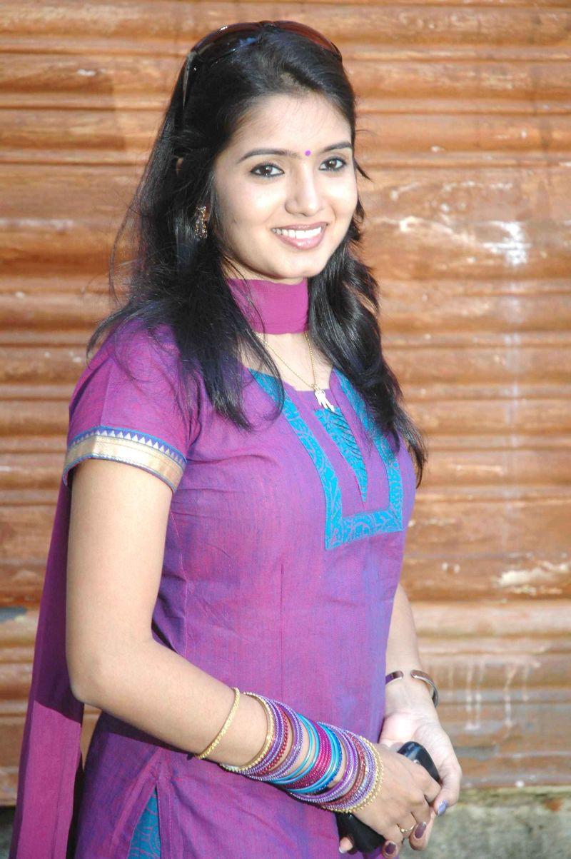 Srithika Hot Photos Tamil Serial Actress Stills  Southmp3 -4196