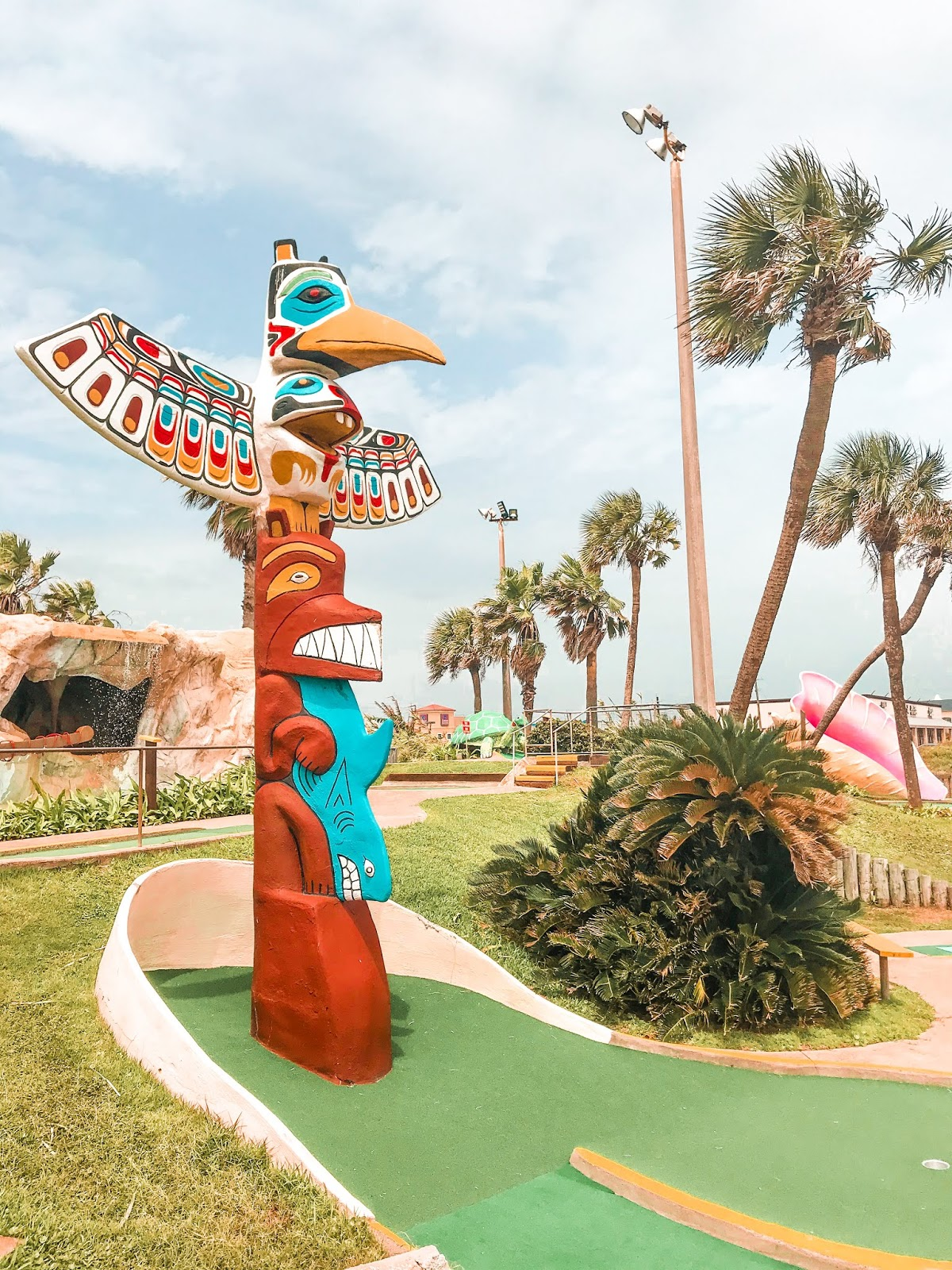 Magic Carpet Golf in Galveston