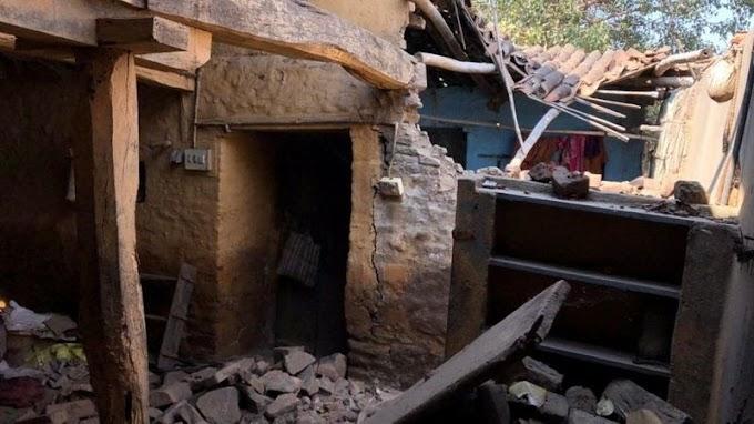दत्तक गावाची कथा, पुरग्रस्तांनी सांगावी कोणास व्यथा.