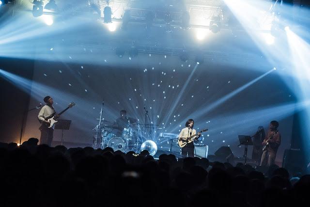來自高雄的樂團「淺堤」成軍五年發行首張專輯《不完整的村莊》,並風光入圍今年金音獎「最佳搖滾專輯獎」!巡演最終站昨晚於台北Legacy登場