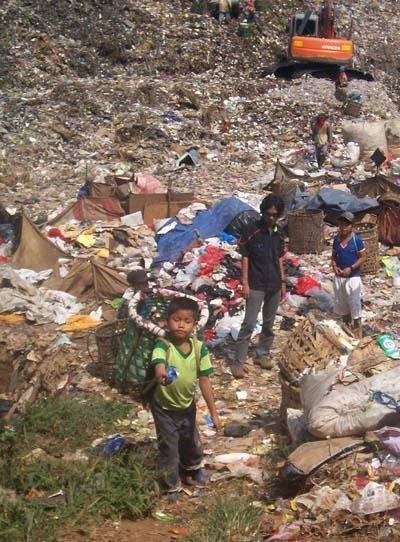 Ekonomi Mencekik di Tengah Pandemi