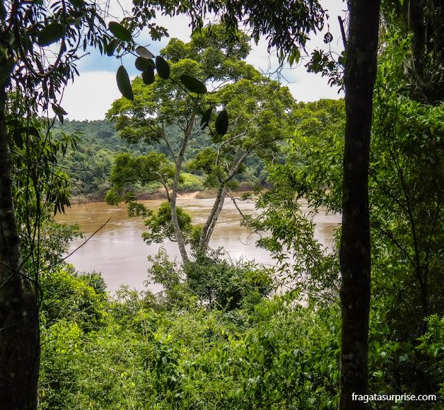 O Rio Paraná visto das ruínas da casa da família Guevara