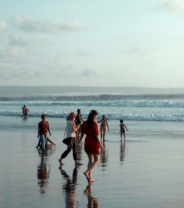 Fasilitas Wisata di Pantai Seminyak Kuta
