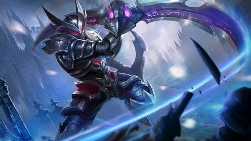 Nakroth có khả năng đánh bay mọi kẻ thù bằng một lướt cùng một đòn quét