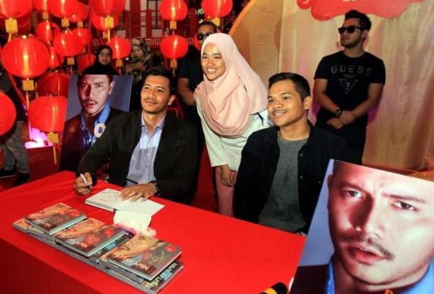 Dikutuk 'Kayu', Fattah Amin Hasilkan Buku '99 Kata-Kata Fattah Amin'