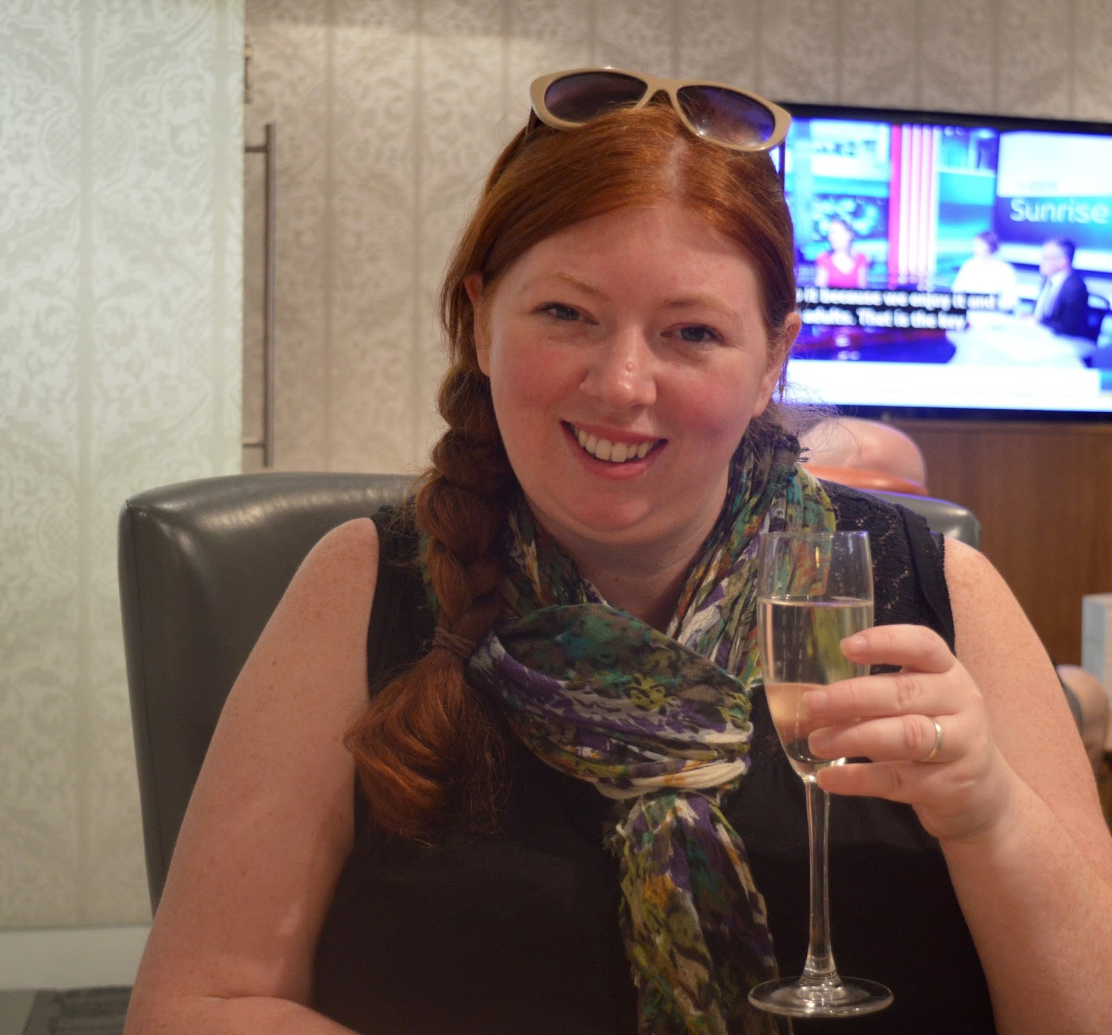 Is it worth booking an Escape VIP airport lounge for breakfast at Manchester airport if you have a morning flight?  - complimentary prosecco