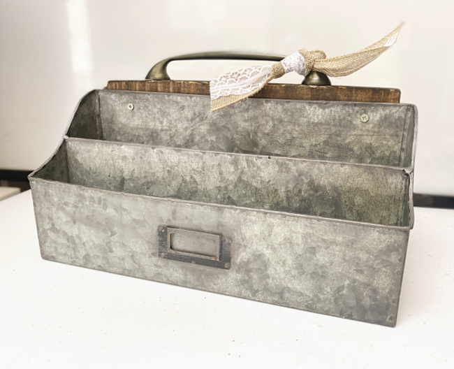 galvanized tote with bow