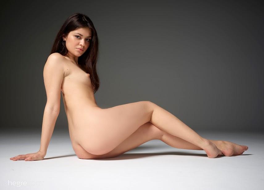 1500348874_lidia-nudes-board [Hegre-Art] Lidia - Nudes