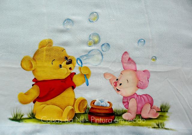 fralda pintada com ursinho pooh e leitão