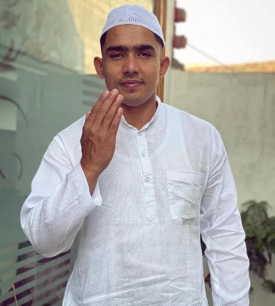 Wasim Ahmad round2hell bio, wiki