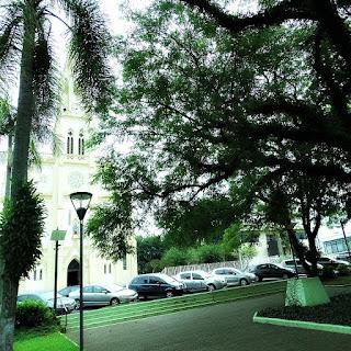 Praça Flores da Cunha e Igreja Matriz, Arroio do Meio (RS)