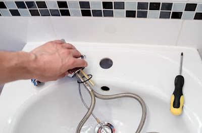 How to Find an Inexpensive Plumber
