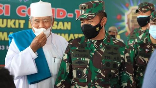 Pangdam I/BB Tinjau Pelaksanaan Vaksinasi Bagi Para Mahasiswa Umsu Medan