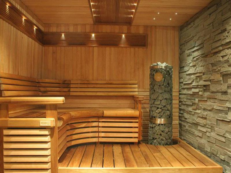مافوائد حمامات الساونا للجسد الانسان ؟