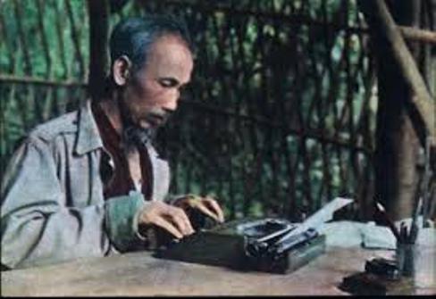 Đối chiếu bút tích Nguyễn Tất Thành và Hồ Chí Minh - Phần 1: Bút tích