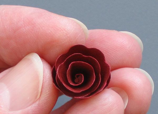 spiral cut paper rose