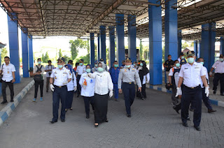 Antisipasi Covid-19, Terminal Kertajaya Kota Mojokerto Disemprot Desinfektan