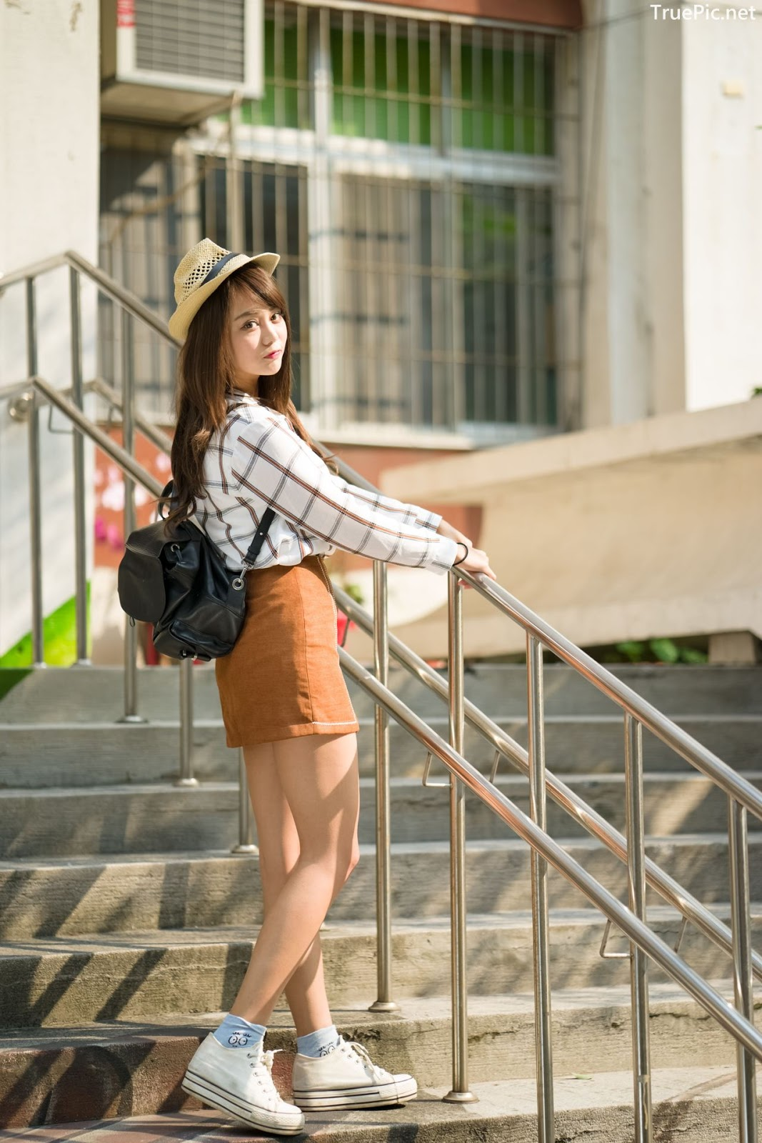 Image-Taiwan-Social-Celebrity-Sun-Hui-Tong-孫卉彤-A-Day-as-Student-Girl-TruePic.net- Picture-3