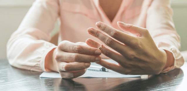 حقوق المراة المطلقة في المانيا بعد الطلاق وهل يحق لها المطالبة بالنفقة