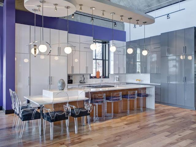 ห้องครัวเคาร์เตอร์ขนาดใหญ่