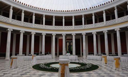 H Πανηπειρωτική Συνομοσπονδία Ελλάδας, ο κορυφαίος φορέας της ηπειρώτικης αποδημίας, προετοιμάζει εντατικά το μεγάλο αφιέρωμα «Ηπειρώτες Εικαστικοί και Λογοτέχνες», αναβαθμίζοντας τη σχέση της και την προβολή του τόσο σημαντικού, πλούσιου και πολυποίκιλου καλλιτεχνικού δυναμικού.