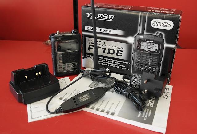 Yaesu FT-1DE Handie Talkies