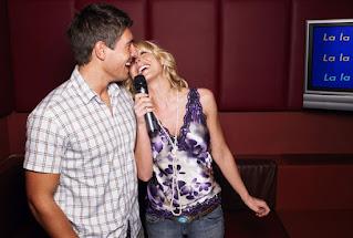 Las 10 mejores canciones románticas para el karaoke