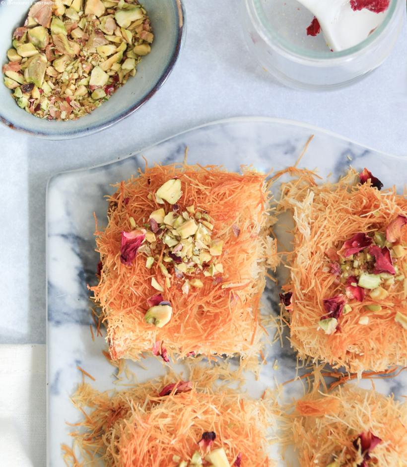 Arabische Süßigkeit: Knafeh | whatinaloves.com