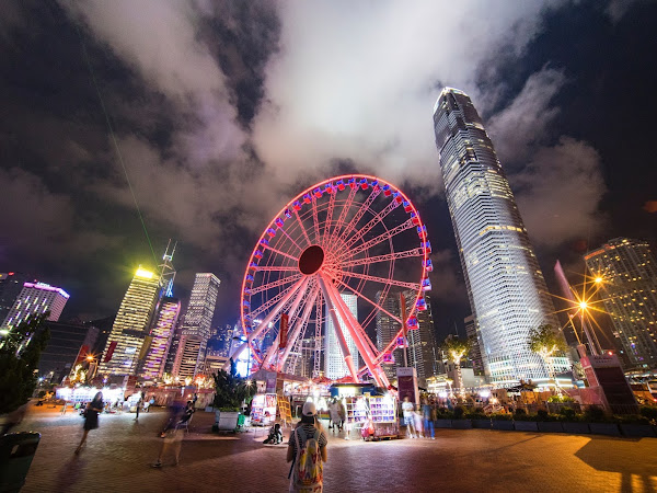 Best 10 Souvenirs to Buy in Hong Kong