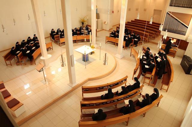Sisters in new chapel of Tutsing