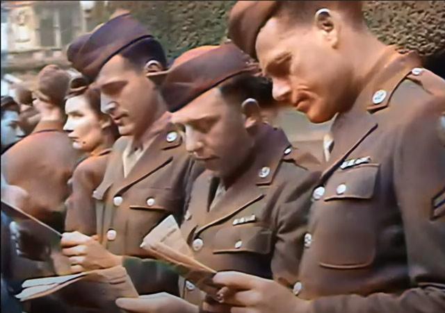 Soldiers in wartime London. worldwartwo.filminspector.com