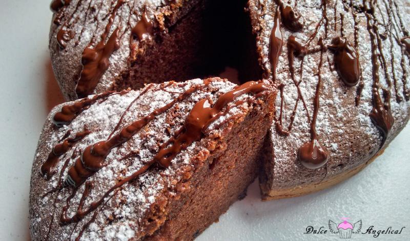 Delicioso bizcocho de Baileys, chocolate y café