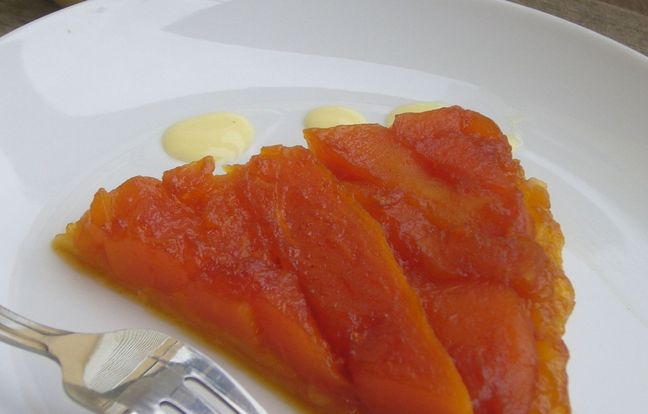 papaya tatin pie