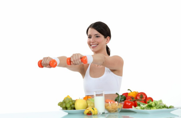 Mana yang Lebih Efektif Menurunkan Berat Badan, Diet atau Olahraga?