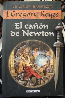 Portada del libro El cañón de Newton, de J. Gregory Keyes