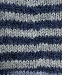 Socks knitted with jogless stripes