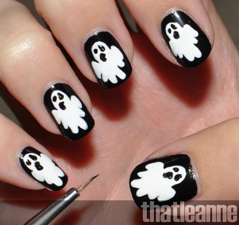 thatleanne: Glow in the dark ghost nail art for Halloween!