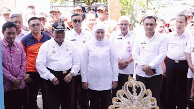 Gubernur Khofifah Resmikan dan Serahkan Bangunan SD di Donggala Pasca Gempa dan Tsunami
