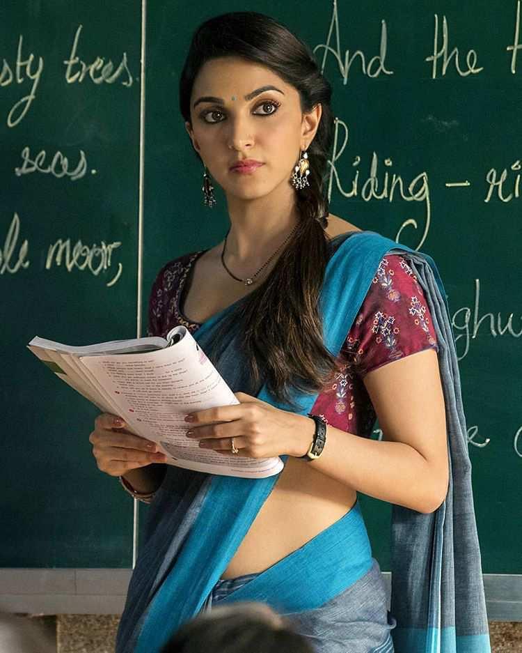 Kiara Advani Saree Images Collation.