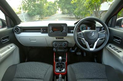 Interior Dashboard Suzuki Ignis