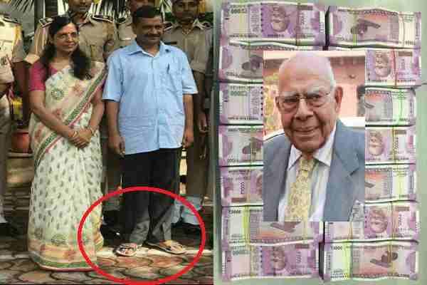 फिर दिखी केजरीवाल की नौटंकी तो लोग बोले '5 करोड़ वकील को दे सकते हैं, 500 के जूते नहीं खरीदते'