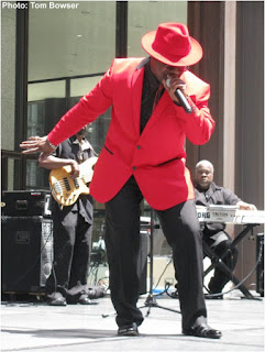Theo Huff and band at the 2016 Chicago Blues Festival Preview event at Chicago's Daley Plaza | Photograph by Tom Bowser