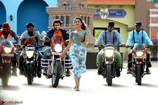 Pooja Jhaveri romancing Vijay Devarakonda in movie Dwaraka (5).jpg