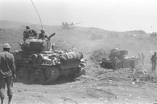 Ισραηλινά άρματα μάχης, στα Υψίπεδα του Γκολάν