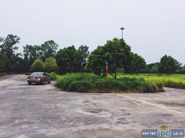 Sân tập lái xe hạng B1, B2, C Nguyễn Khoái