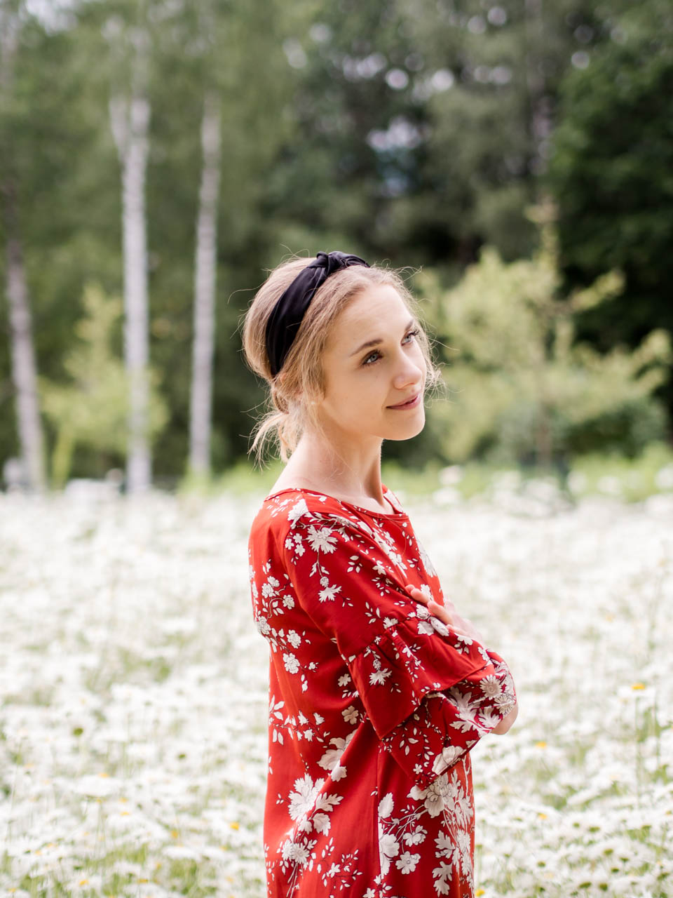 summer-fashion-inspiration-red-dress-style-blogger-muoti-kesä-mekko-bloggaaja