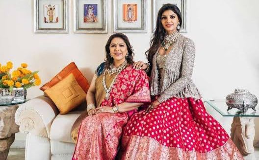 miheeka bajaj with mother