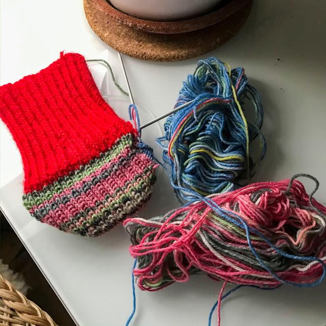 restgarnssockor, knitting, stickning